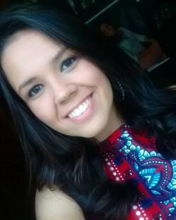 Cássia Campos de Oliveira